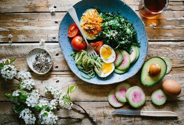 تغذیه بعد ورزش - بعد از باشگاه چی بخوریم؟